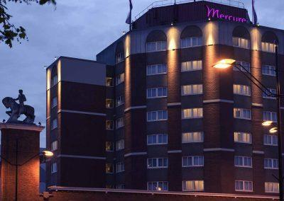Mercure Hotel Nijmegen Centre Facade by night